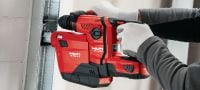 TE 6-A22 (04) Powerful D-grip 22V cordless rotary hammer with superior concrete drilling and chipping performance Applications 1